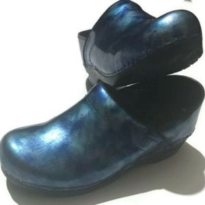 Sanita Clogs 39/US Size 8.5-9 Women's Professional